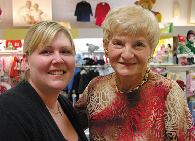 hansel_Girl_and Carol Owner