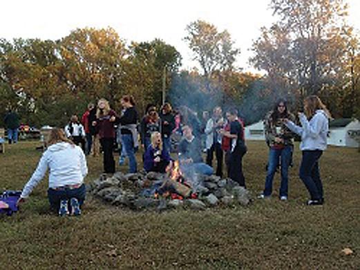 Pecometh_campfire