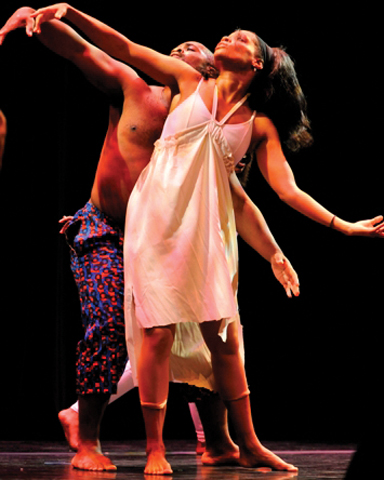 Wilmington_Renaissance_christi_dancers_on11