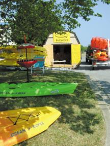 quest_kayak_exterior_jj11